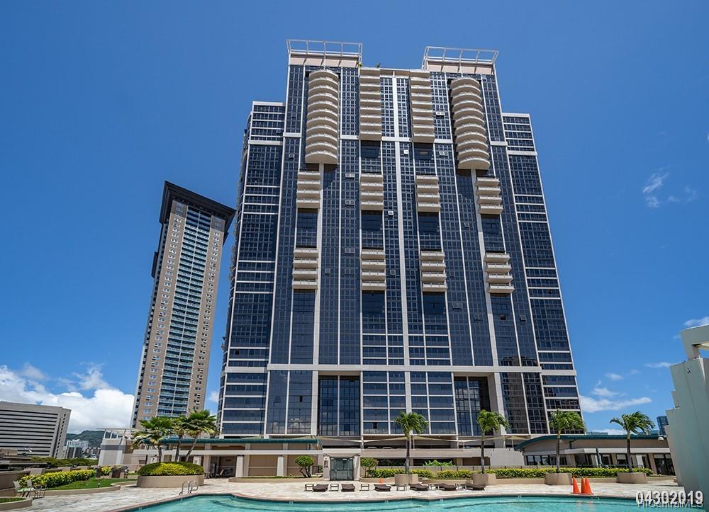 600 Queen St Honolulu - Rental - photo 1 of 21