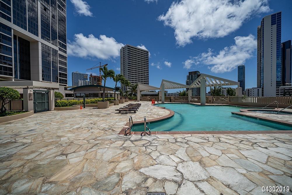 600 Queen St Honolulu - Rental - photo 20 of 21