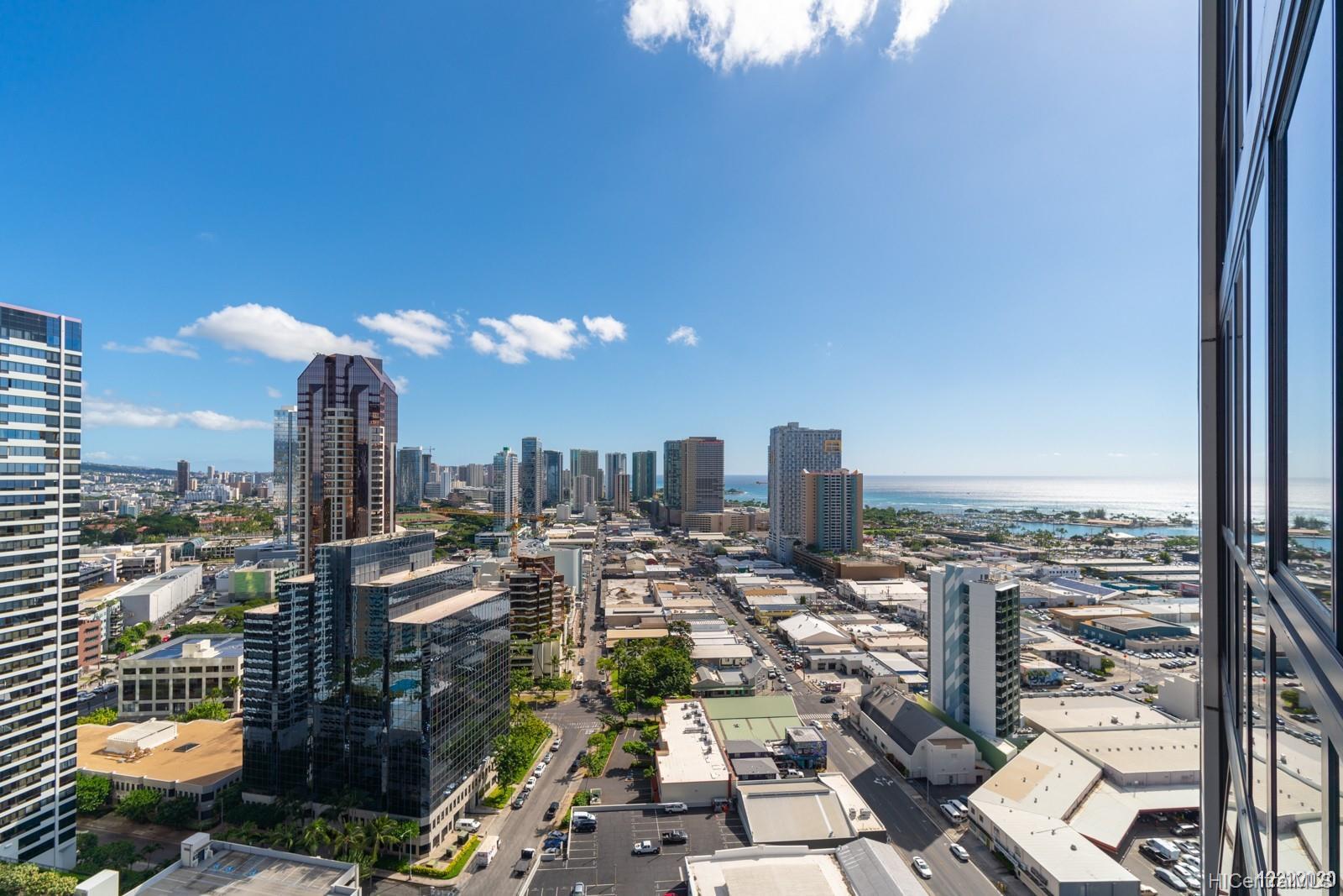 600 Queen St Honolulu - Rental - photo 7 of 21