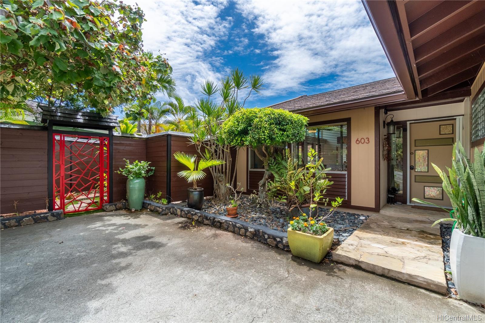 603  Alihi Place Enchanted Lake, Kailua home - photo 19 of 19