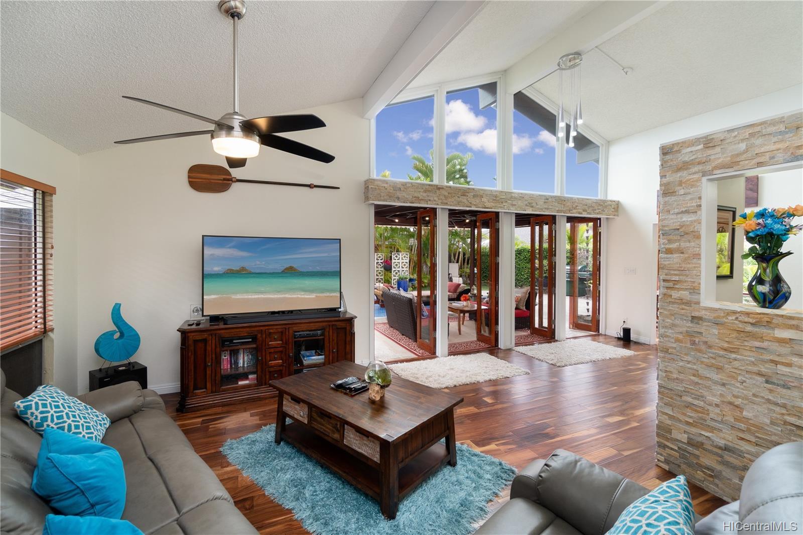 603  Alihi Place Enchanted Lake, Kailua home - photo 6 of 19