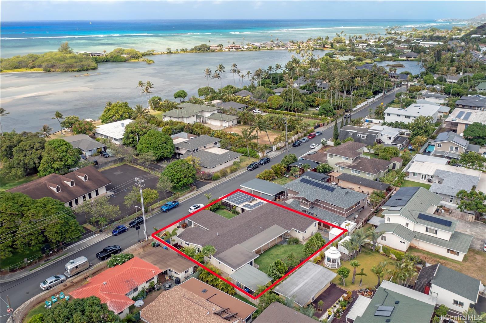 6086  Summer Street Paiko Lagoon, Diamond Head home - photo 1 of 21
