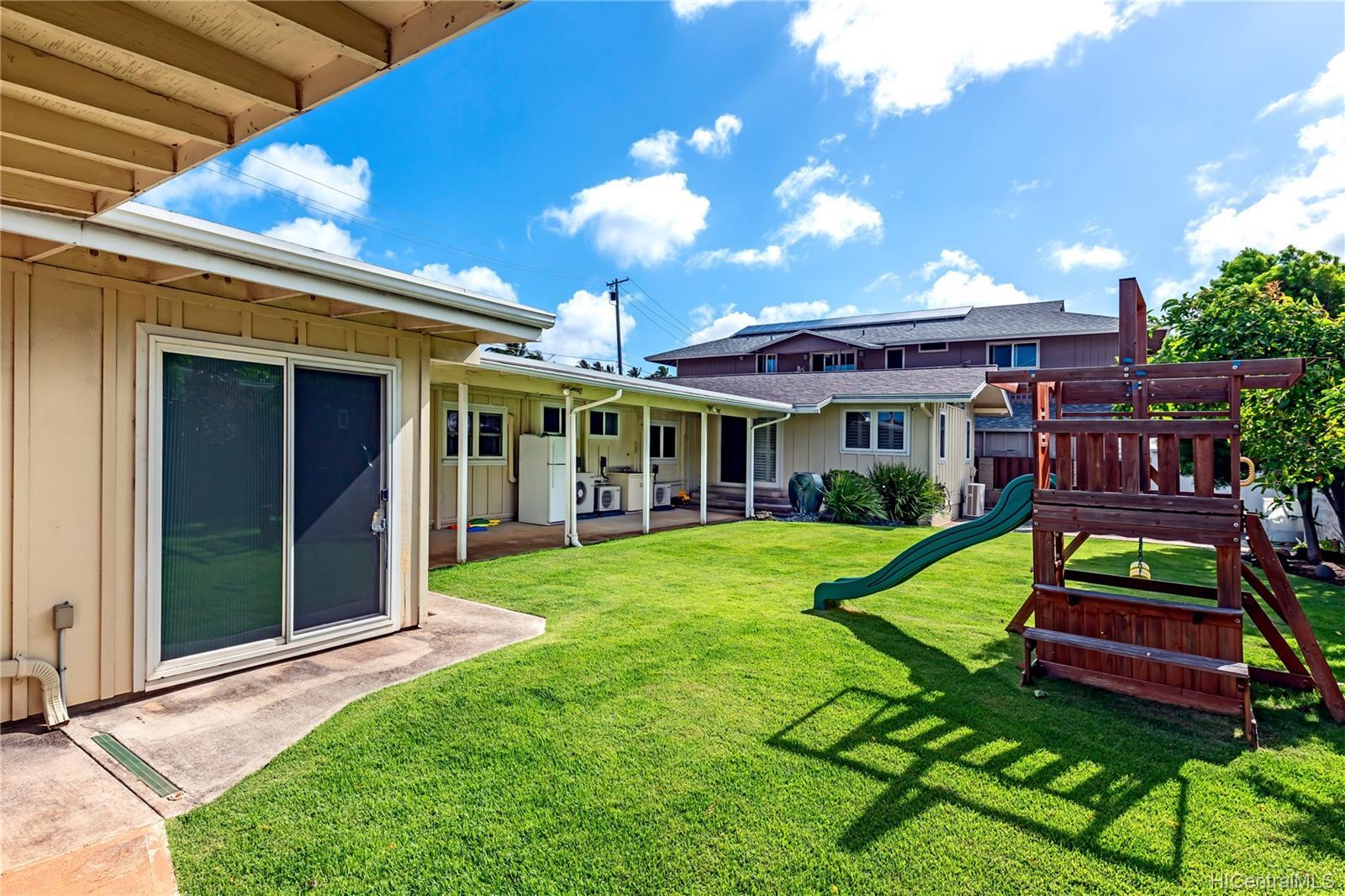 6086  Summer Street Paiko Lagoon, Diamond Head home - photo 6 of 21