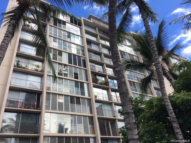 Ala Wai Manor condo # 306, Honolulu, Hawaii - photo 1 of 12