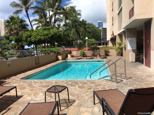 Ala Wai Manor condo # 306, Honolulu, Hawaii - photo 4 of 12