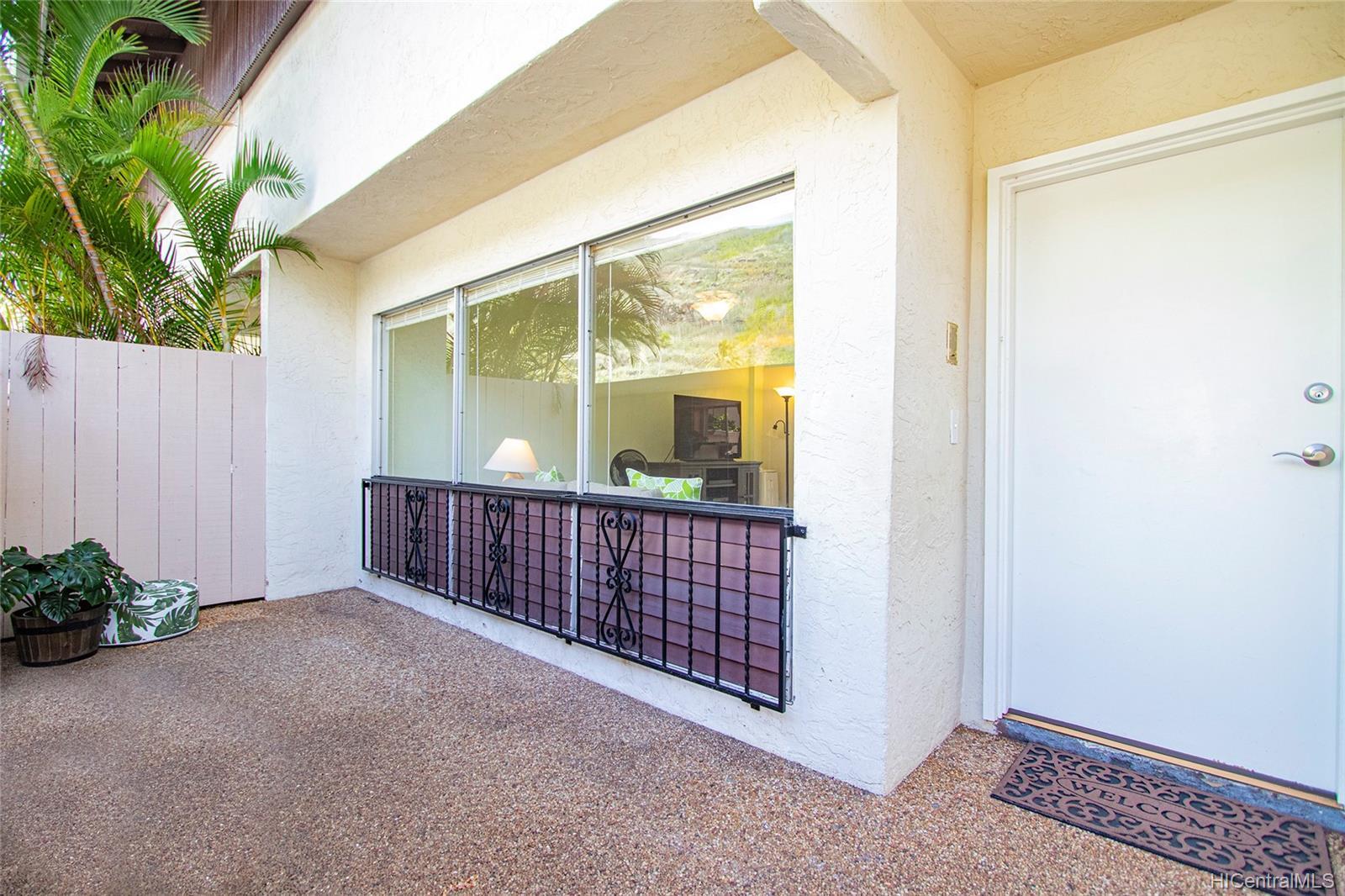 6225 Kawaihae Place townhouse # C101, Honolulu, Hawaii - photo 3 of 25