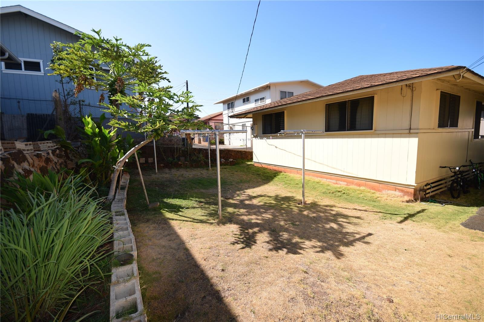 631  10th Ave Kaimuki, Diamond Head home - photo 11 of 14