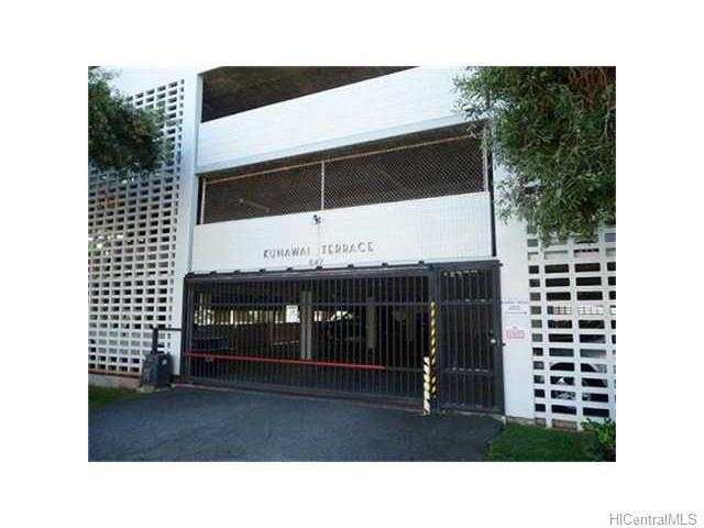 Kunawai Terrace condo # C/614, Honolulu, Hawaii - photo 2 of 10
