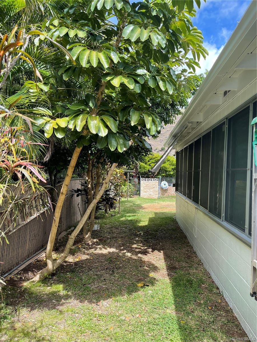 650  Hahaione Street Hahaione-lower, Hawaii Kai home - photo 19 of 23