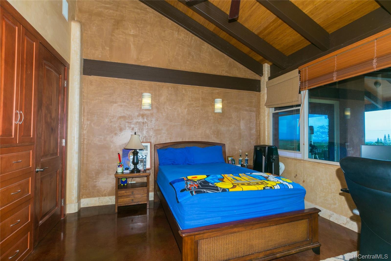 65-1040  Poamoho St Waialua, North Shore home - photo 18 of 25