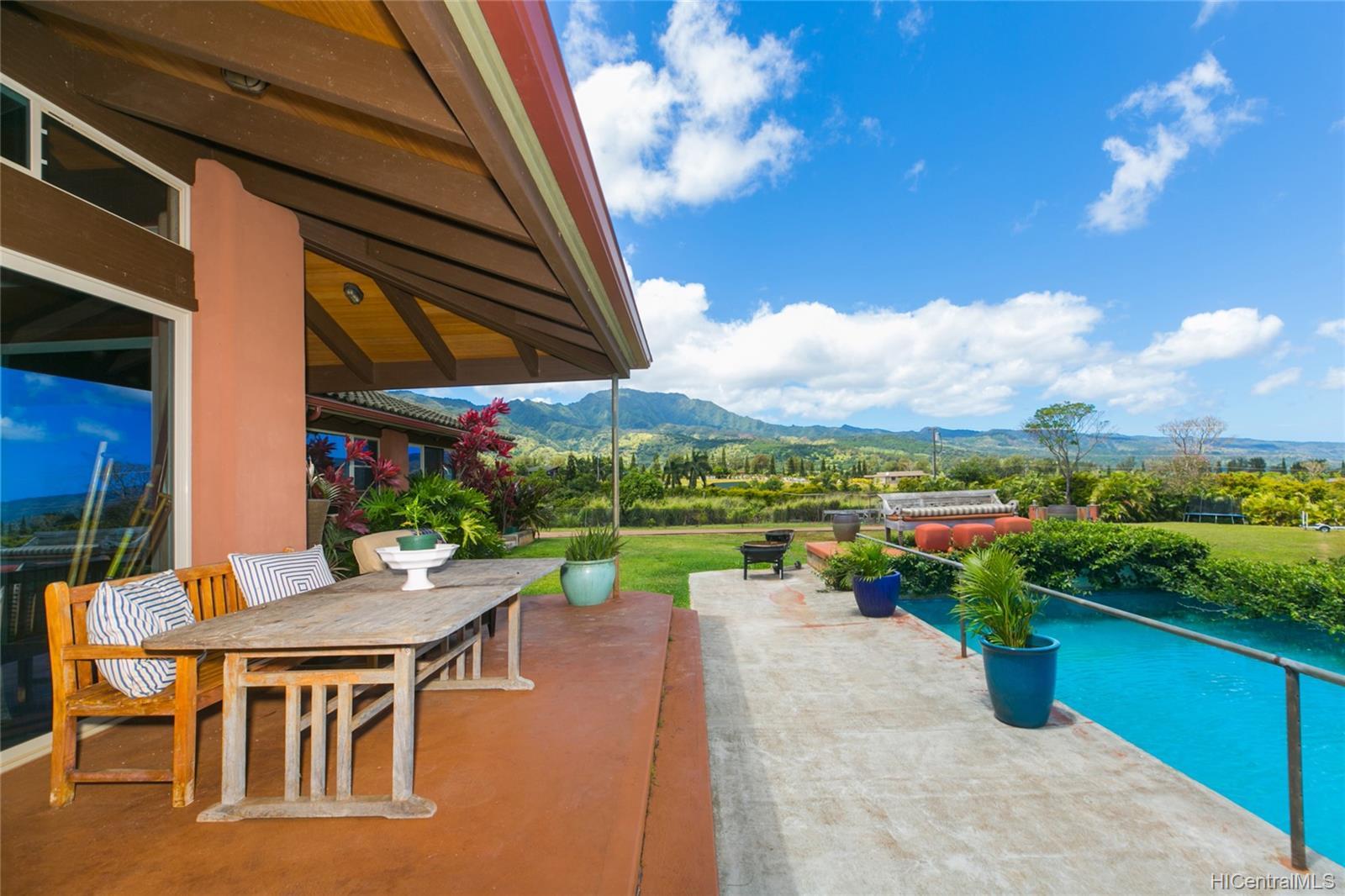 65-1040  Poamoho St Waialua, North Shore home - photo 8 of 25