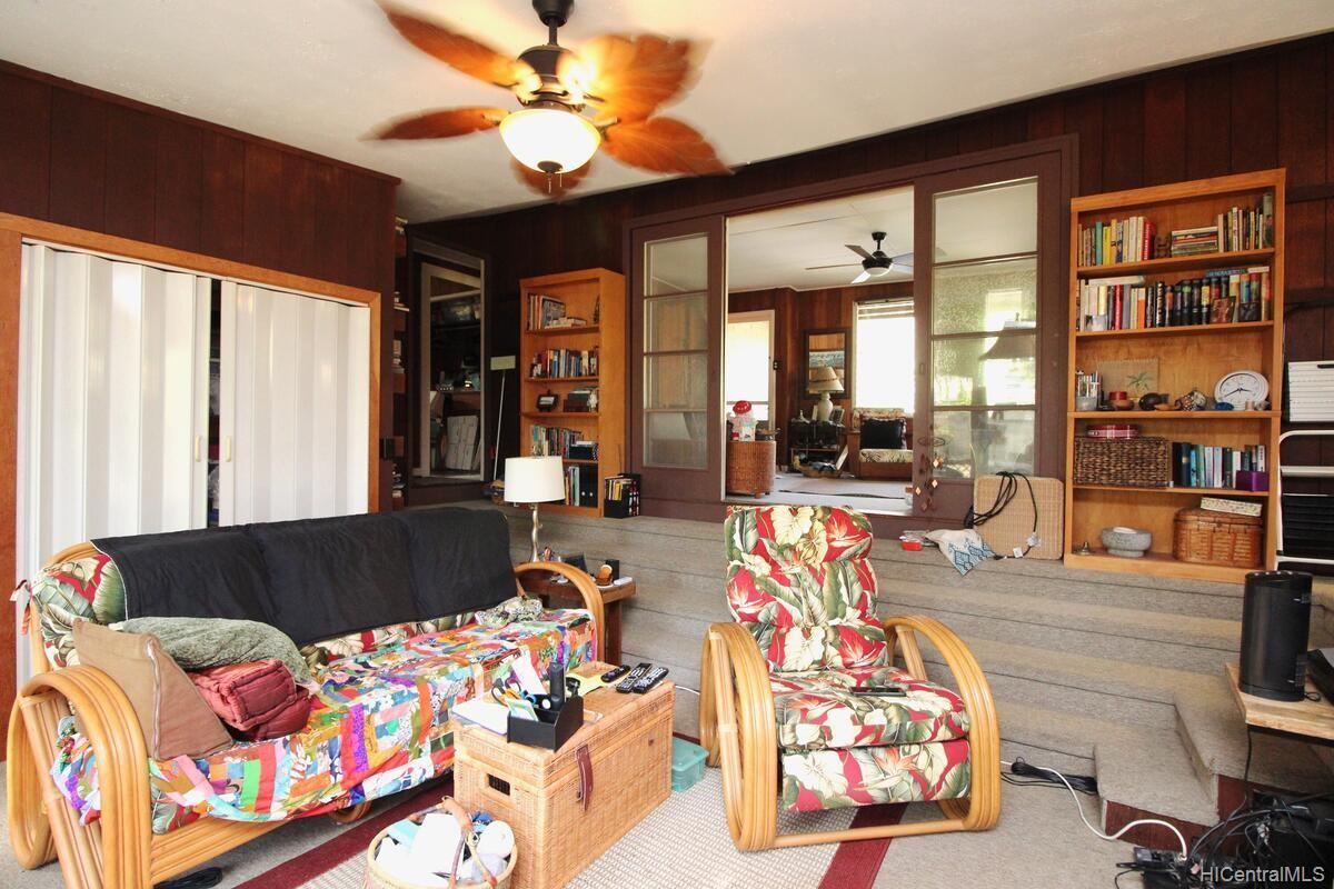 652  Lawelawe Street Aina Haina Area, Diamond Head home - photo 12 of 24