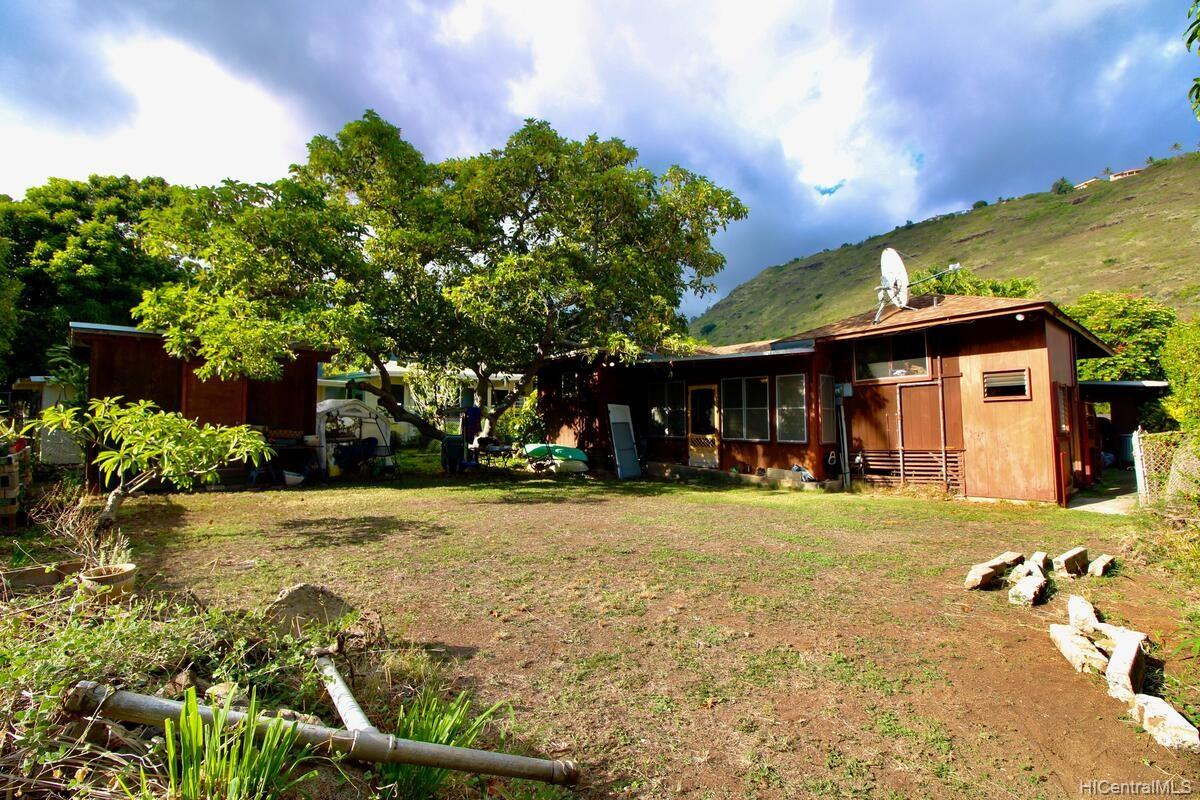 652  Lawelawe Street Aina Haina Area, Diamond Head home - photo 21 of 24