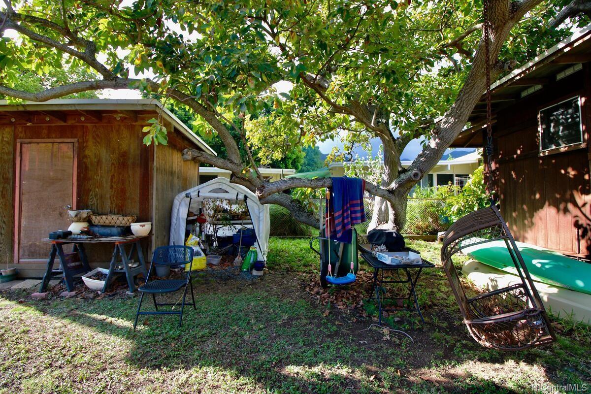 652  Lawelawe Street Aina Haina Area, Diamond Head home - photo 23 of 24