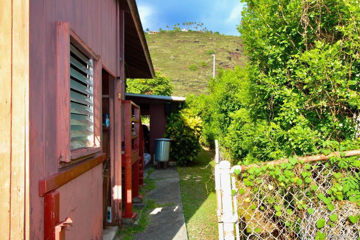 652  Lawelawe Street Aina Haina Area, Diamond Head home - photo 24 of 24
