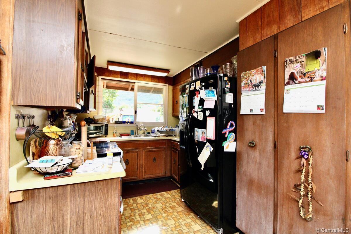 652  Lawelawe Street Aina Haina Area, Diamond Head home - photo 7 of 24
