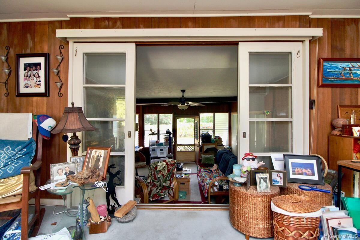 652  Lawelawe Street Aina Haina Area, Diamond Head home - photo 10 of 24