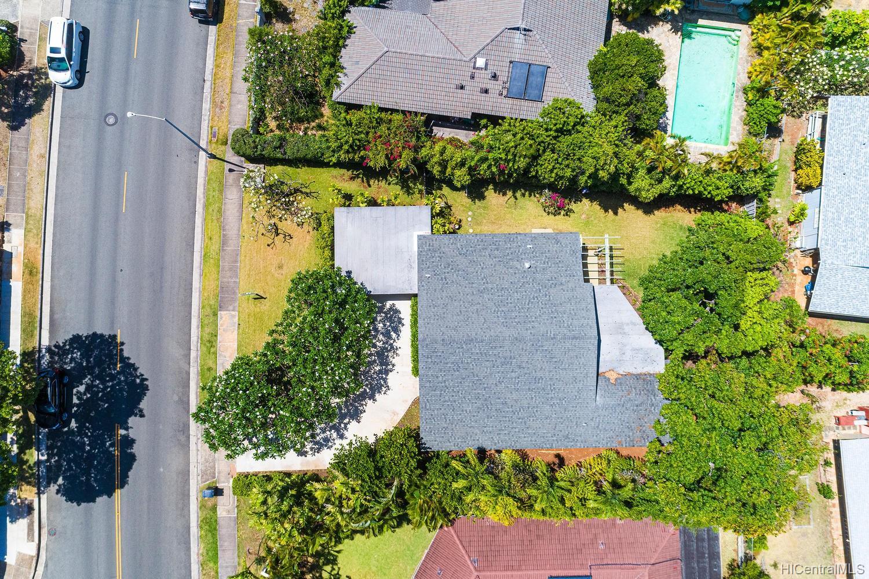 653  Elepaio Street Kahala Area, Diamond Head home - photo 24 of 25