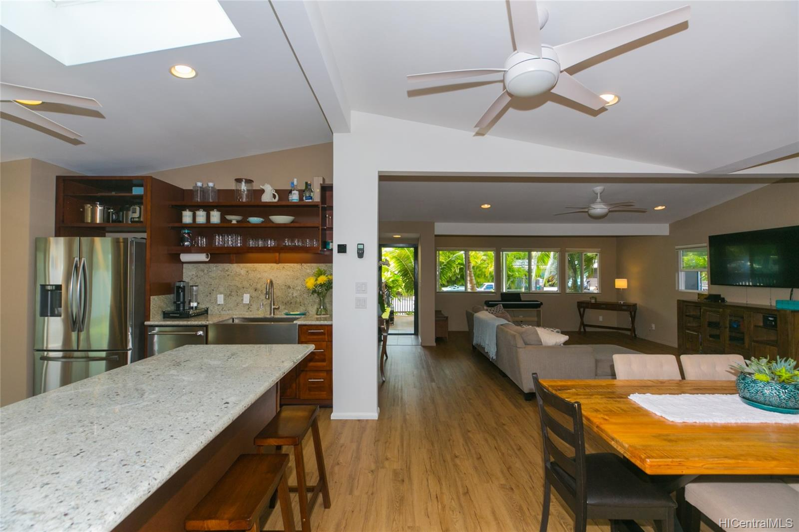 654  Iliaina Street Kalaheo Hillside, Kailua home - photo 8 of 25