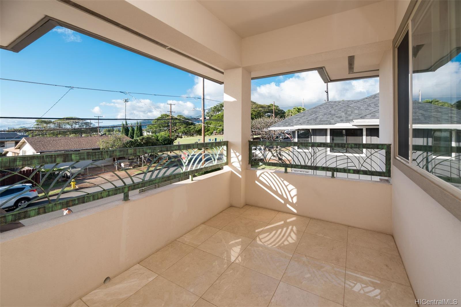 657  12th Ave Kaimuki, Diamond Head home - photo 6 of 20