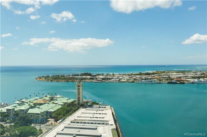 Harbor Court condo # PH3205, Honolulu, Hawaii - photo 1 of 25