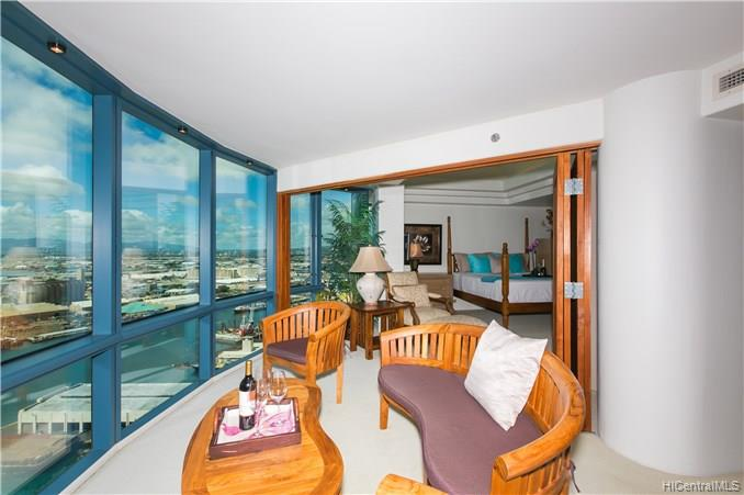 Harbor Court condo # PH3205, Honolulu, Hawaii - photo 19 of 25