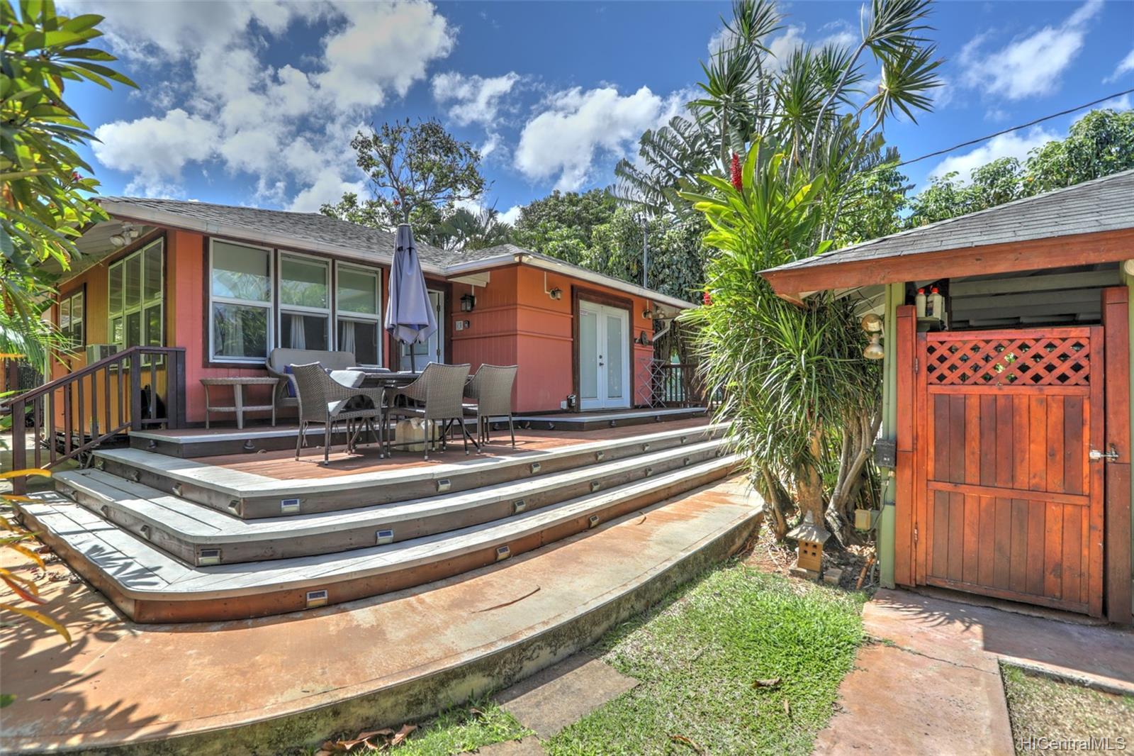 66-210B  Kamehameha Hwy Haleiwa, North Shore home - photo 1 of 25