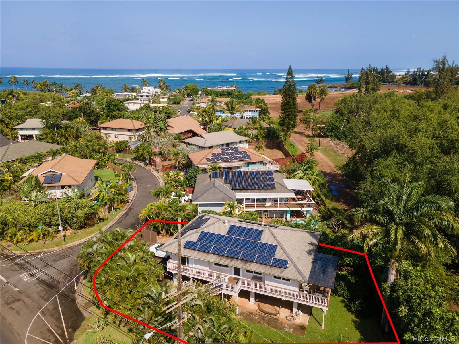 67-203  Niumaloo Place Waialua, North Shore home - photo 3 of 19