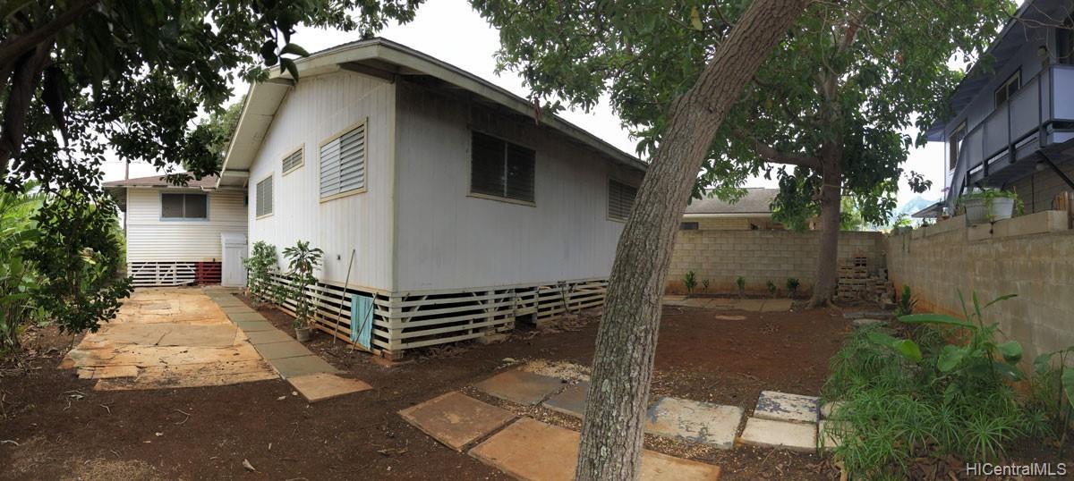 67-411  Kekauwa Street Waialua, North Shore home - photo 3 of 14