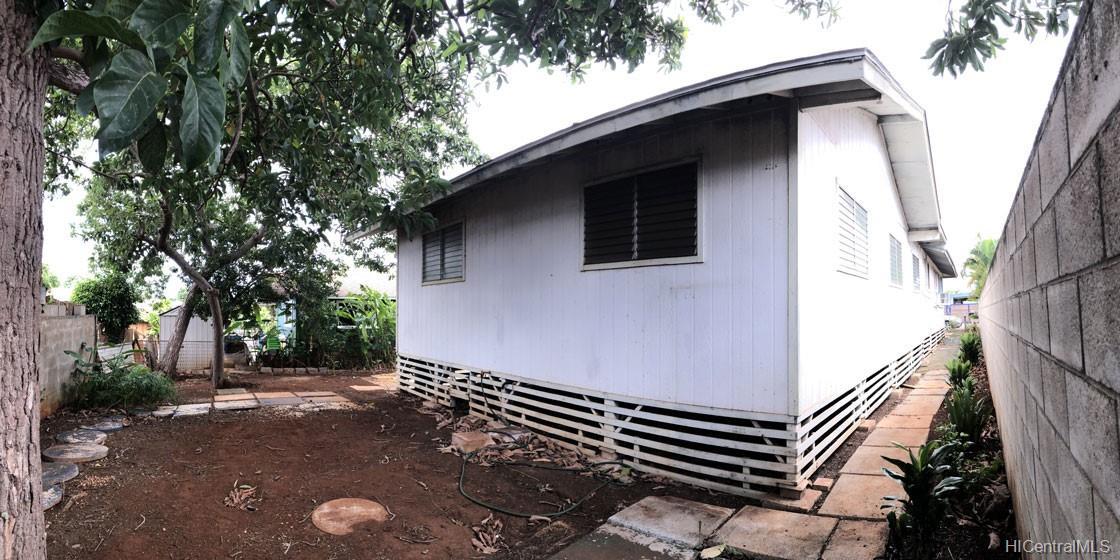 67-411  Kekauwa Street Waialua, North Shore home - photo 6 of 14