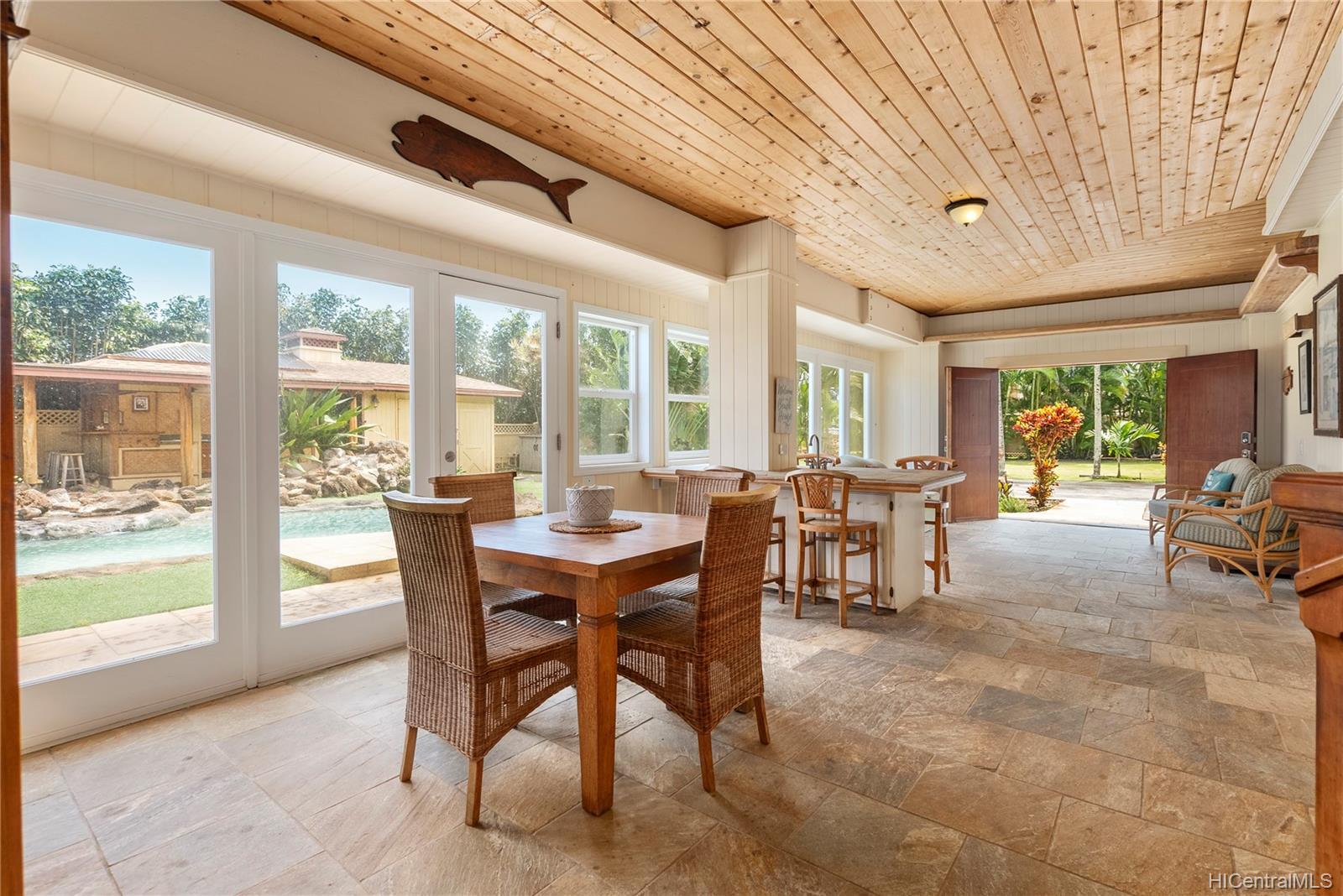 67-419  Waialua Beach Road Waialua, North Shore home - photo 12 of 24