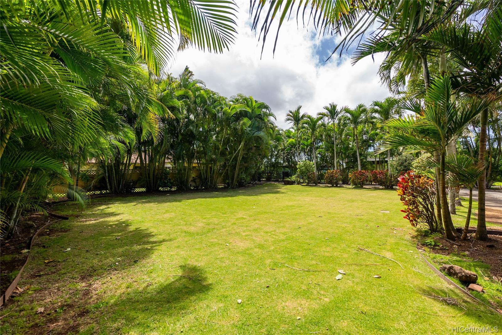 67-419  Waialua Beach Road Waialua, North Shore home - photo 23 of 24