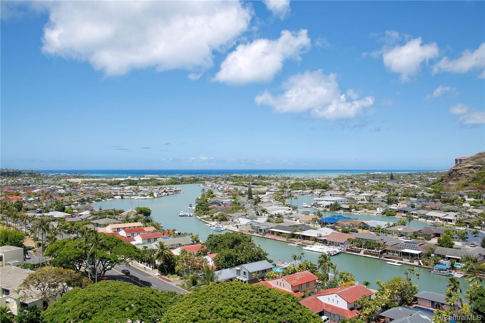 Naniwa Gardens condo # 1102, Honolulu, Hawaii - photo 1 of 16