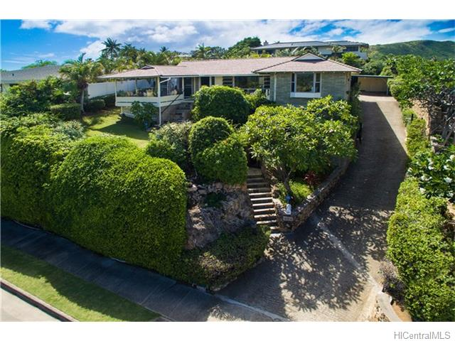 676  Elepaio St Kahala Area, Diamond Head home - photo 1 of 25