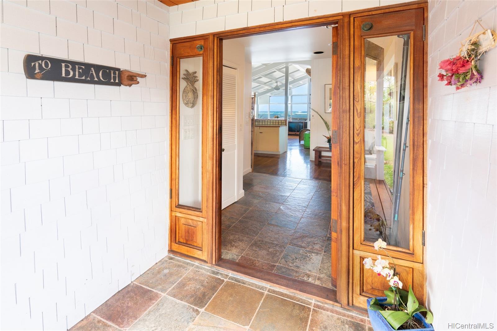 68-001  Laau Paina Place Mokuleia, North Shore home - photo 7 of 24