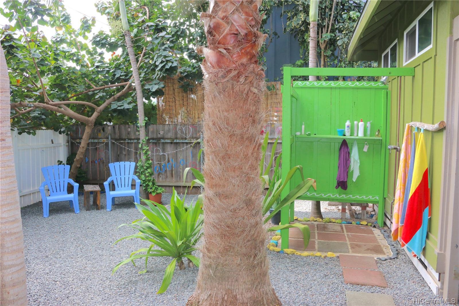 68-069  Akule Street Waialua, North Shore home - photo 4 of 23