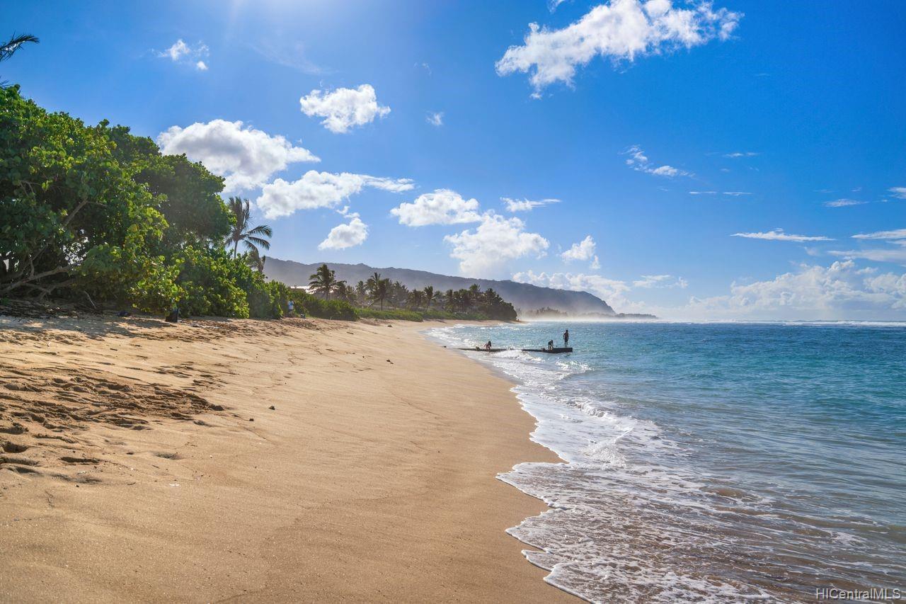 Sunset Shores condo # 502, Waialua, Hawaii - photo 11 of 25
