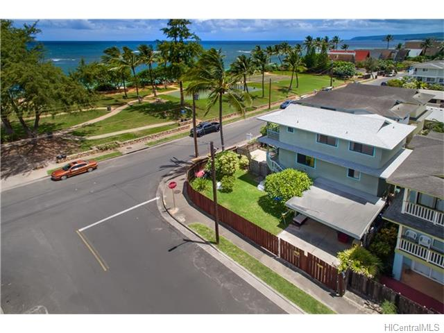 68-198  Au St Waialua, North Shore home - photo 3 of 21