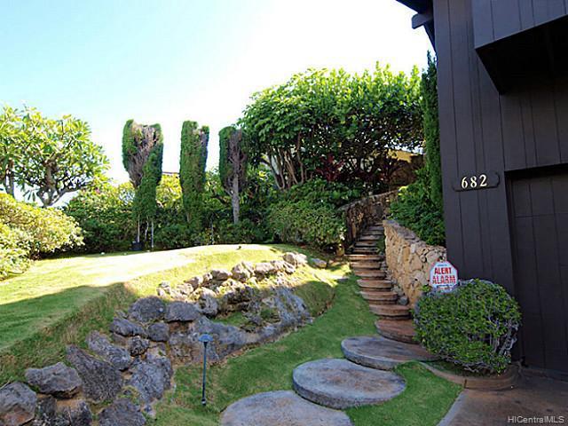 682  Elepaio St Kahala Area, Diamond Head home - photo 12 of 14