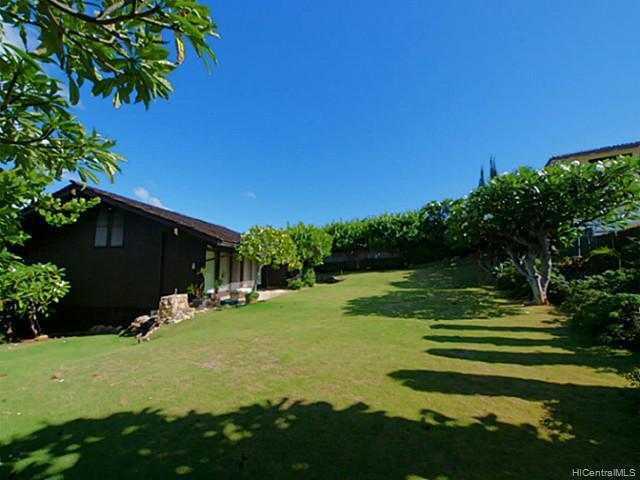 682  Elepaio St Kahala Area, Diamond Head home - photo 14 of 14