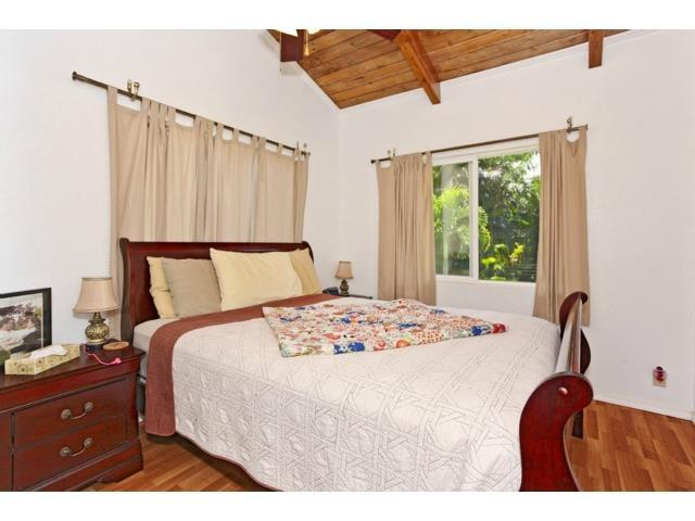 68-330  Mahinaai St Mokuleia, North Shore home - photo 13 of 25