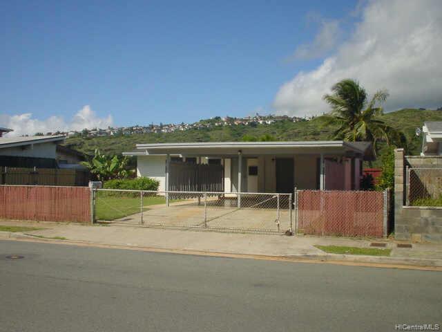 684  Aipo St Koko Head Terrace, Hawaii Kai home - photo 1 of 2