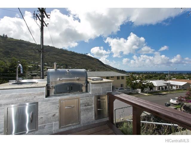 684  Hao St Aina Haina Area, Diamond Head home - photo 14 of 20