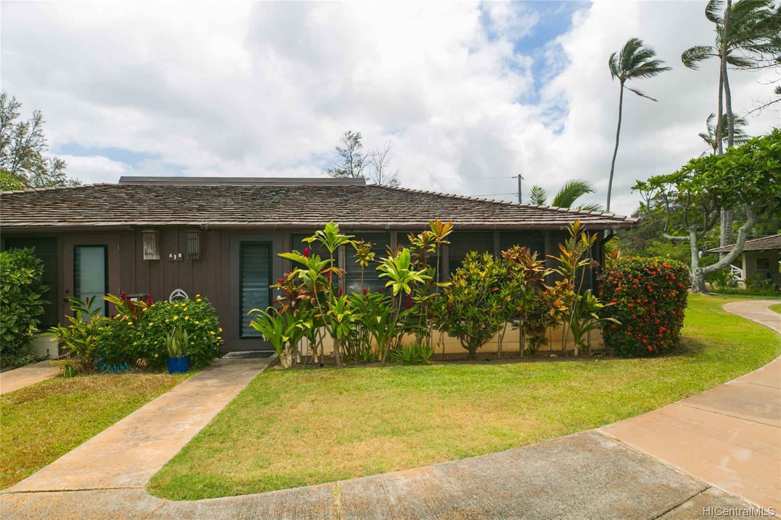 Mokuleia Beach Colony condo # 1B, Waialua, Hawaii - photo 12 of 25