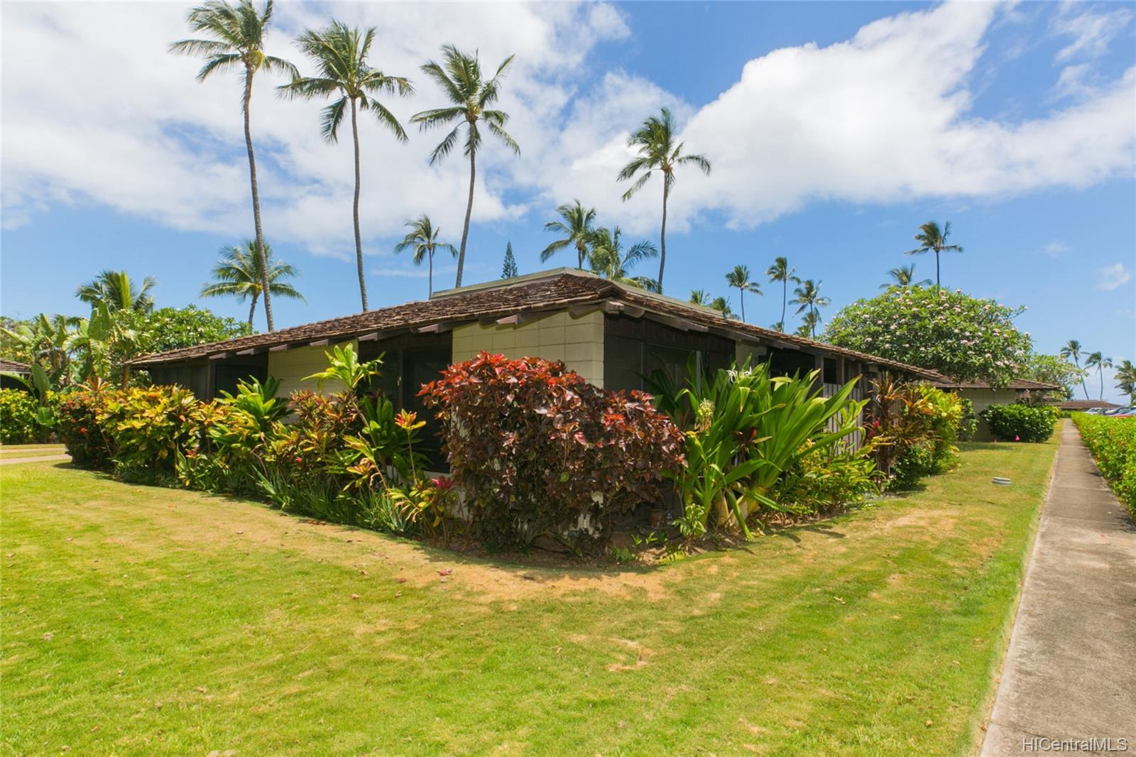 Mokuleia Beach Colony condo # 1B, Waialua, Hawaii - photo 13 of 25
