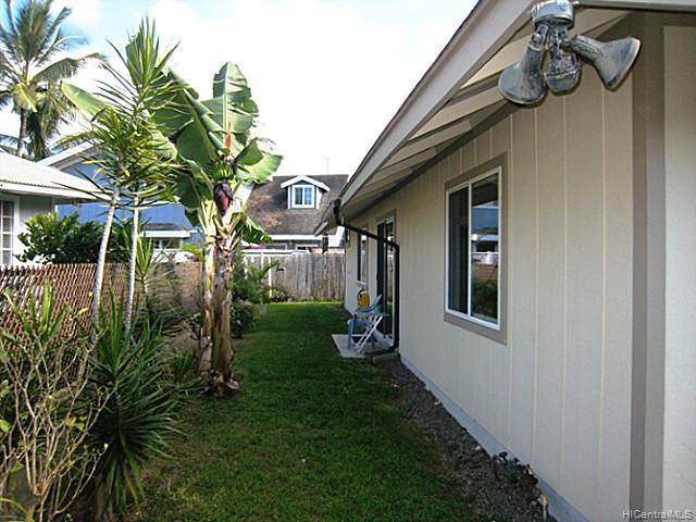 6865  Au St Waialua, North Shore home - photo 8 of 10