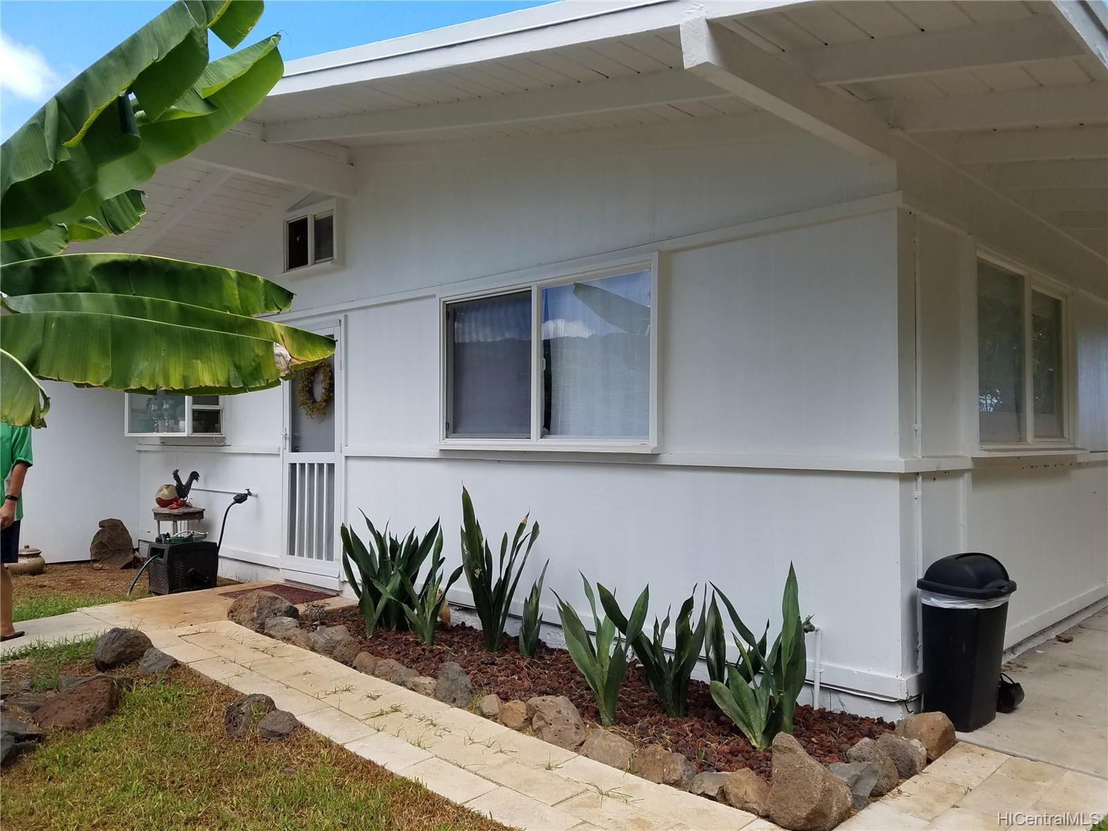 68-695  Farrington Hwy Mokuleia, North Shore home - photo 1 of 24