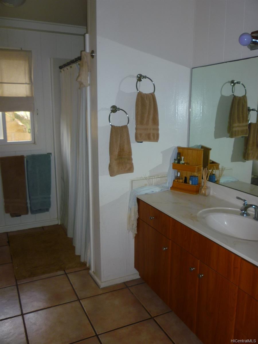 68-695  Farrington Hwy Mokuleia, North Shore home - photo 8 of 24