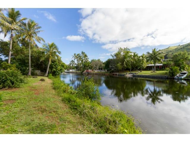 687  Paopua Loop Enchanted Lake, Kailua home - photo 4 of 22