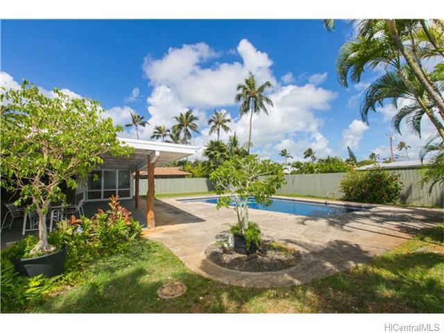 689  Milokai St Kaimalino, Kailua home - photo 4 of 25